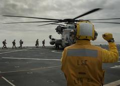 150902-N-CC789-004 (U.S. Pacific Fleet) Tags: ca usmc us sandiego navy sailors somerset pacificocean marines usnavy camppendleton db15 usssomerset lpd25 dawnblitz exercisedawnblitz2015