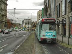 GT8S der Rheinbahn in Dsseldorf auf dem Weg zum Jan-Wellem-Platz (Haeppi) Tags: tram streetcar dsseldorf pnv tranva nahverkehr rheinbahn dwag gt8s strasenbahn gelenktriebwagen
