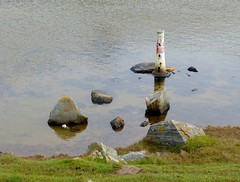 Model Lighthouse on Lochan Nam Faoileag (chdphd) Tags: lighthouse strathy strathypoint strathypointlighthouse lochannamfaoileag
