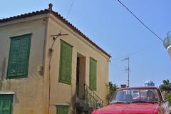 voiture rouge koumeika (Fif') Tags: sea mer island see seaside mediterranean aegean greece more balkans griechenland grce balkan le mditerrane 2015 ormos balos ge koumeika koumeikon