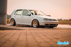 "MK4 & Polo 6N2 • <a style=""font-size:0.8em;"" href=""http://www.flickr.com/photos/54523206@N03/23036824870/"" target=""_blank"">View on Flickr</a>"