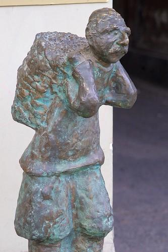 Rustaveli Statue