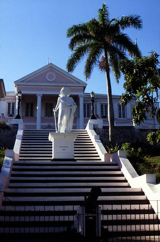 "Bahamas 1988 (203) New Providence:  Government House, Nassau • <a style=""font-size:0.8em;"" href=""http://www.flickr.com/photos/69570948@N04/23919524386/"" target=""_blank"">View on Flickr</a>"