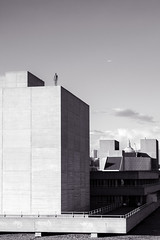 IMG_0869-2-2.jpg (suburbia-calling) Tags: nationaltheatre modernarchitecture london anthonygormley brutalism