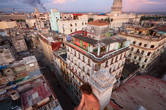 Welcome to the Apocalypse! (waterfallout) Tags: rooftopping rooftop person havana cuba lahabana habana centrohabana centralhavana city cities capitolio elcapitolio apocalypse apocalyptic postapocalypse cityindecay crumbling ue urbex urbanexploration urbanexploring