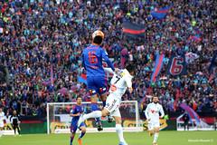 Saltando en uoa (Ricardo Obando) Tags: universidaddechile ohiggins estadionacional chile ftbolchileno ftbol soccer