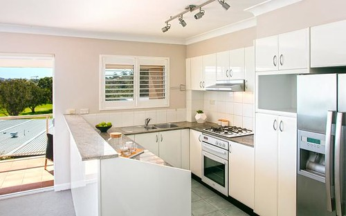 11/4 Campbell Parade, Manly Vale NSW 2093