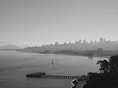San Francisco 2016 (hunbille) Tags: usa california sanfrancisco san francisco goldengatebridge golden gate bridge goldengatebridgewelcomecenter welcome center skyline marina