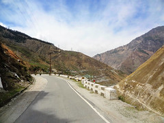 NH22, the road through Kinnaur. (draskd) Tags: nh22 kinnaur sutlej himachalpradesh india draskd sonyhx9v sony