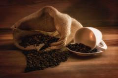 Kaffeefreude (Joachim Behnke) Tags: stillleben kaffee tasse coffee kche licht nikond5300 nikon 40mm 28 pause