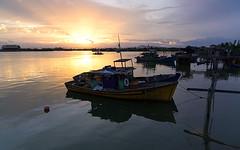 Berthing (Abdul Manaf Yasin) Tags: boat fujifilm seberangtakir sunset xt10 nisi gnd soft raymaster