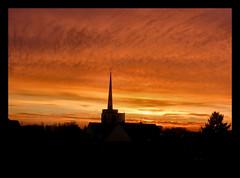 der November verabschiedet sich !!! (karin_b1966) Tags: himmel sky wolken clouds sonnenuntergang sunset ausdemfenster outofthewindow 2016 30november yourbestoftoday