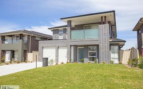 20 Southern Cross Avenue, Middleton Grange NSW