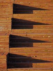Triangel (eckbert.sachse) Tags: pattern muster geometry geometrie treppe stairs stairway brick backstein clinker red rot schatten shadow 2016 hafencity freieundhansestadthamburg freeandhansatownofhamburg amlohsepark