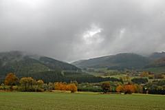 Endorf im Oktober 1 (DianaFE) Tags: herbst nebel wolken sauerland dianafe dianae