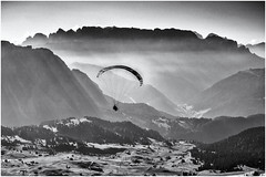 The Morning is yours... (Ody on the mount) Tags: anlã¤sse berge dolomiten filmkorn flug fluggerã¤t fototour gipfel gleitschirmflieger himmel morgenlicht rahmen sellamassiv sã¼dtirol urlaub bw monochrome sw
