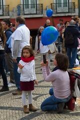 For the Climate (miza monteiro) Tags: clima terra planetearth lisbon lisboa praacamoes pessoas people