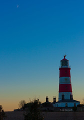 17/365 (LittleBird_01) Tags: 365 lighthouse moon sunset happisburgh red white