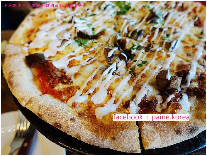 首爾北村鐵匠烤窯Pizza (18).JPG