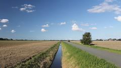 Weids landschap rondom de Kloosterweg ten noorden van buurtschap Jukwerd bij Appingedam (Emiel Heuff) Tags: jukwerd kloosterweg
