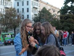 (GrusiaKot) Tags: girls cat kitten ukraine kharkov kharkiv gattino ragazze ucraina