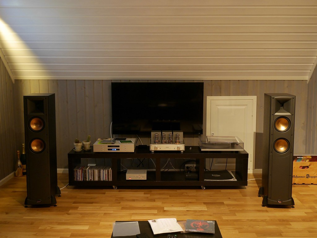 the world 39 s best photos of hifi and klipsch flickr hive mind. Black Bedroom Furniture Sets. Home Design Ideas