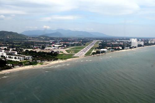 HHQ / VTPH / Hua Hin Airport / Thailand / RW 16/34 / 6890 ft / 14Oct15 /
