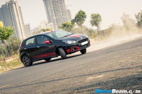 Fiat-Abarth-Punto-13