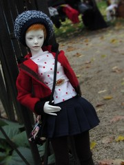 waiting (tarengil) Tags: trip blue autumn red white black girl hat asian waiting doll outdoor walk luv bjd resin abjd outing ws dollmore zaoll