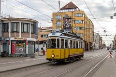 Historische Ringlinie (2) (Heiko S.) Tags: tram karlsruhe strassenbahn kvv badenwrttemberg vbk tsnv ringlinie tw95 tw100 spiegelwagen stahlumbauwagen