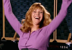 The Comeback HBO (messiole) Tags: up dance tv hands dancing yes lisa yay excited val win excitement hbo valerie comeback yippee cherish kudrow ifttt giphy