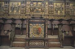 The master's chair (Pedro Nuno Caetano) Tags: portugal braga mosteirodesmartinhodetibes monastery