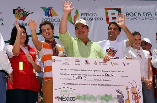 El gobernador Javier Duarte de Ochoa participó en el cierre de la 4ª Campaña Limpiemos México.