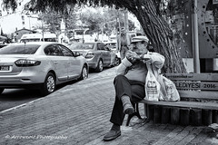 Street 195 (`ARroWCoLT) Tags: car road tree bnw bnwstreet people streetart skdar istanbul trkiye trkei turkey street sokak summer samsung nx mini nxm photography outdoor siyahbeyaz art bw blackwhite monochrome blackandwhite arrowcolt nxmini oldman perspective 17mm f18 sidewalk bench bank ishootpeople