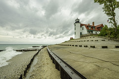 Pointe Betsie Lighthouse (TAC.Photography) Tags: betsielighthouse pointebetsielighthouse michiganlighthouse betsie whitelighthouse stormyseas waves tacphotography