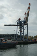 Container crane @ Container terminal @ Harbour Tour @ Spido @ Rotterdam (*_*) Tags: rotterdam netherlands nederland city europe october autumn fall 2016 cloudy morning spido nieuwemaas river cruise boat ship harbour tour container cargo harbor port