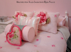 I finally finished the 1:12th scale bedroom re-do! (wpnschick) Tags: dollhousedecor dollhousefurniture miniaturebedroom miniaturebed miniaturebedding 112thscale oneinchscale shabbychic cottagechic