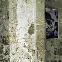 barcelona picasso (kexi) Tags: barcelona catalonia spain europe square wall photo picasso picassomuseum samsung wb690 september 2015 instantfave