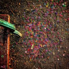 Loom Chaos (C MB 166) Tags: deutschland germany sachsen saxony leipzig looms boden ground farben colors colours instagram motorolanexus6 gummi rubber