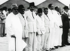 Governor Hidayatullah, Premier Khuhro and cabinet receive Jinnah, 7 Aug 1947 (Doc Kazi) Tags: pakistan india independence negotiations ceremonies jinnah gandhi nehru mountbatten viceroy wavell stafford cripps edwina fatima muhammad ali