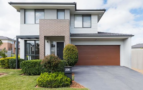 29A Northampton Drive, Glenfield NSW 2167