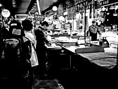 Sijang #1... (HARU1231) Tags: snapphoto streetphoto snap city blackandwhite candid life korea