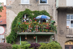 Green balcony (bertrandwaridel) Tags: summer building green balcony july poland center pologne 2015 kowary województwodolnośląskie