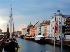 Nyhavn, Copenhagen (www.jucahelu.com) Tags: houses people nyhavn colours tourists vacations demmark summer2015 jucahelu
