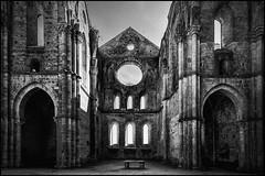 San Galgano (blichb) Tags: italien italy san italia ruine tuscany toscana valdorcia kloster 2012 toskana sangalgano galgano blichb