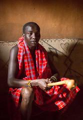 Guerreiro Maasai (dragoms) Tags: africa kenya warrior guerreiro maasaimara qunia dragoms