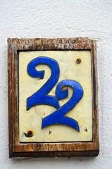 22 [Royal Tunbridge Wells - 20 July 2015] (Doc. Ing.) Tags: uk blue england 22 kent number tunbridgewells 2015 royaltunbridgewells