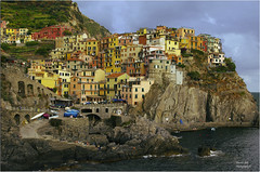Manarola (Daniele Sala Photography) Tags: longexposure sunset sea italy port docks bay italia gulf pentax harbour liguria hurricane wideangle porto cinqueterre vernazza tornado grandangolo manarola tetris riomaggiore golfo k5 laspezia lerici 5terre tunneloflove tamron28300 lungaesposizione tamron1750 scattinotturni lungheesposizioni golfodeltigullio scattonotturno tigulliogulf parcodellecinqueterre sigma816 tunneldellamore pentaxk5iis kightshot tormbadaria manarolanight
