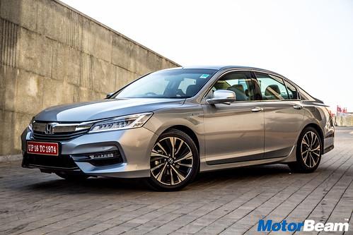 2016-Honda-Accord-Hybrid-1