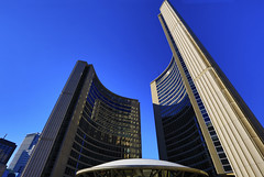 Toronto City Hall (Clement Tang **catching up**) Tags: torontocityhall ontario concordians canada autumn afternoon travel bluesky architecture building nationalgeographic landscape cityscape hdr vilijorevell heikkicastren bengtlundsten nathanphillipssquare richardstrong theeyeofthegovernment scenicsnotjustlandscapes